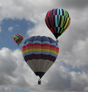 hot-air-balloon-67816_640